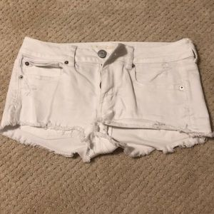 White jean denim shorts